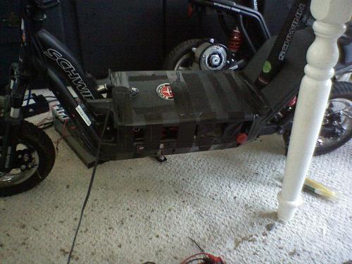 Schwinn Stealth 1000 Electric Scooter